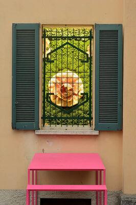 Matteo Negri | SPLENDIDA VILLA CON GIARDINO, VISTE INCANTEVOLI, installation view