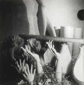 Wols, 'Le pavillon de l'élégance, Le pavillon en construction', 1937