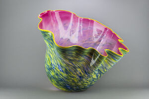 Dale Chihuly, 'Rambler Rose Macchia with Maize Lip', 2001