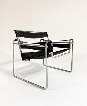 "Early Canvas Model B3 ""Wassily"" Chair, Black Eisengarn"
