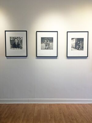 VIVIAN MAIER REVEALED: SELECTIONS FROM THE ARCHIVES, installation view