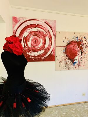 PORTAL - Feminine cycle, installation view
