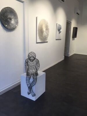 In Art We Trust, installation view
