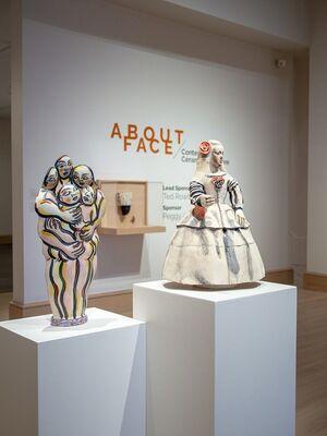 About Face: Contemporary Ceramic Sculpture, installation view