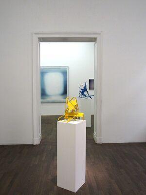 IN BETWEEN, installation view
