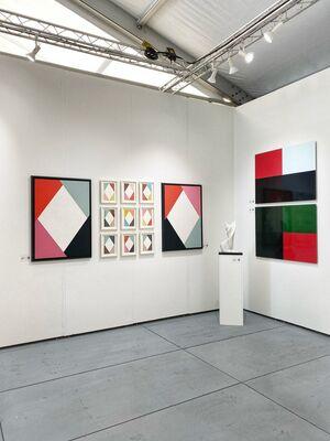 Smart Gallery BA at SCOPE Miami Beach 2019, installation view