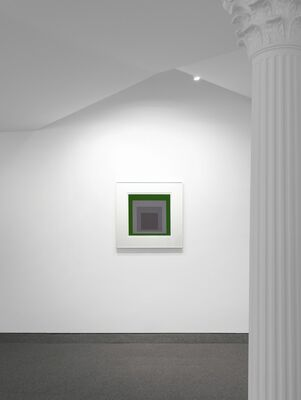 JOSEF ALBERS and FRED SANDBACK, installation view