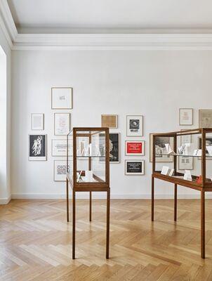 IAN HAMILTON FINLAY. Et in Arcadia ego, installation view
