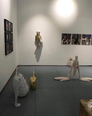 Léna & Roselli Gallery  at SCOPE Miami Beach 2019, installation view