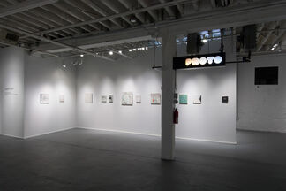 READING A WAVE, installation view