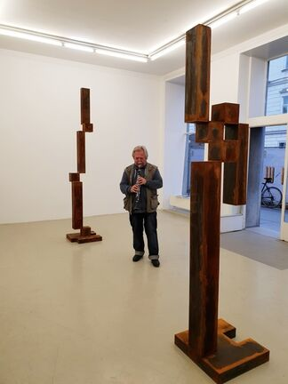 "Behrouz Heschmat ""Ästhetik des Schwebens"", installation view"