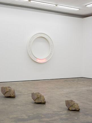 Timm Ulrichs - 8 ½ Meisterwerke, installation view