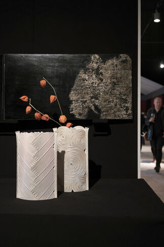Lesley Kehoe Galleries at The International Fine Art & Antiques Show 2015, installation view