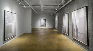 Eva Schlegel: Subverting Solidity, installation view