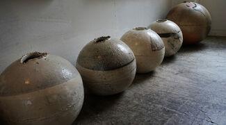 Marutsubo (Round Jar) by Shiro Tsujimura, installation view
