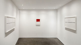 Marco Breuer, Zero Base, installation view
