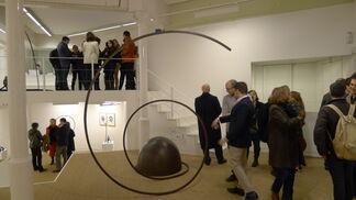 Martín Chirino, Sobre la espiral del Viento, installation view