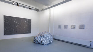 Esther Stocker - Out of Order, installation view