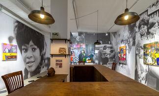 Cassi Namoda: Bar Texas, 1971, installation view