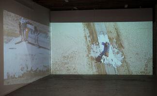 Jeremy Everett   Double Pour, installation view