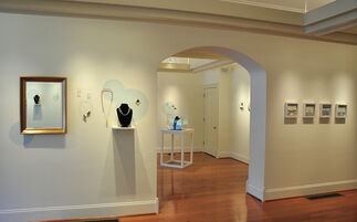 Multifaceted: An Exhibition of Fine Jewelry, installation view