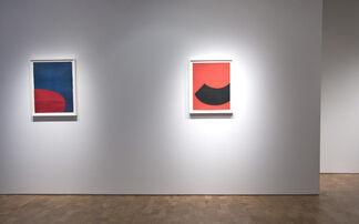 Leon Polk Smith: Space Considered, installation view