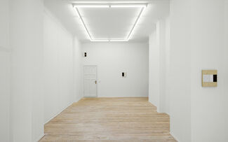 Alan Johnston : Invisible Lines, installation view