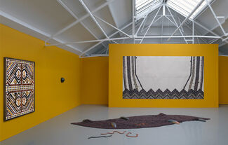 Jennifer Tee - Let it Come Down, installation view