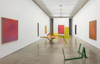 Caro & Olitski: 1965 - 1968, Painted Sculptures and the Bennington Sprays, installation view