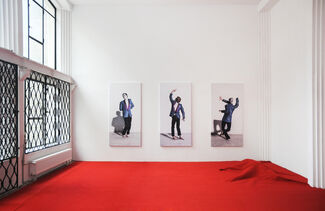 One Piece Too Little, installation view