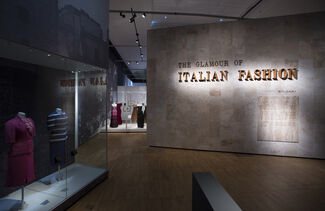 The Glamour of Italian Fashion 1945 - 2014, installation view