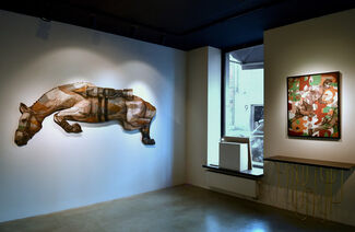 Courage Fuyons !, installation view