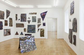 DANIEL KNORR - REDUCE SPEED NOW, installation view