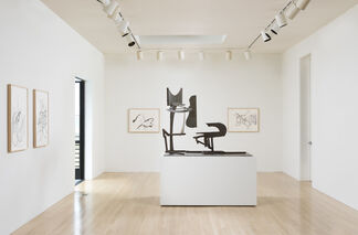 Mark di Suvero: Sculptures and Drawings, installation view