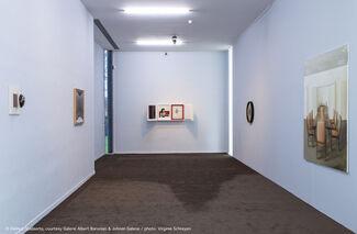 Ein Vages Gefühl des Unbehagens - Thomas Helbig / Victor Man / Helmut Stallaerts, installation view