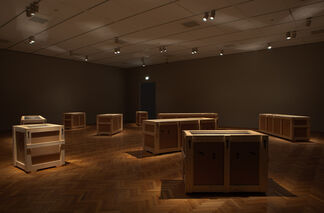 Magritte: The Mystery of the Ordinary, 1926 - 1938, installation view
