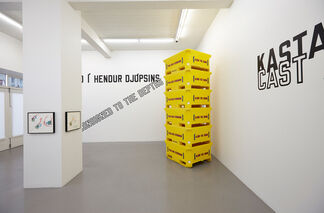 Lawrence Weiner - Along the Shore, installation view