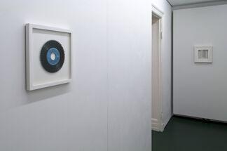te-stù-ra — ˈtekstʃə, installation view