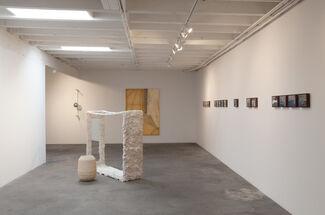 ERICA MAHINAY + KATHRYN O'HALLORAN, SALINE COMMUNION, installation view