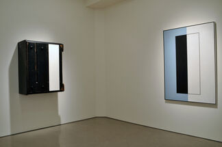 BEHIND WHAT IT'S IN FRONT OF – Paintings by John McLaughlin and Sculptures and videos by Roy McMakin, installation view