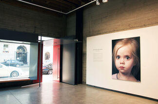 Gottfried HELNWEIN - Red Harvest, installation view