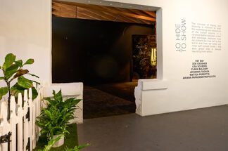 TO HIDE TO SHOW, installation view