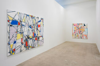 Arnold Helbling: Drop City, installation view