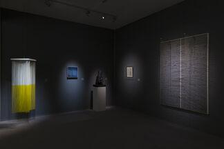 Leon Tovar Gallery at TEFAF NY Spring 2017, installation view