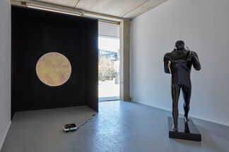 Everybody Loves The Sunshine, installation view
