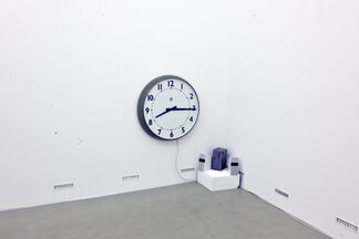 On Being in the Middle. curated by_ Alfredo Cramerotti, installation view