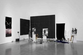 Karen Kilimnik, installation view