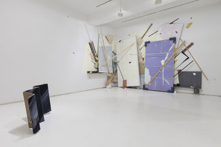 Light Weight, installation view