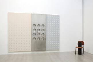 Pièces-Meublés, installation view
