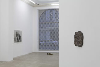 Johannes Wald: lending thought body, installation view